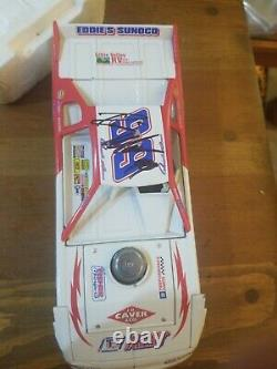 1/24 DONNIE MORAN #99 ACTION EXTREME SERIES LATE MODEL DIRT CAR 2000 Signed Auto