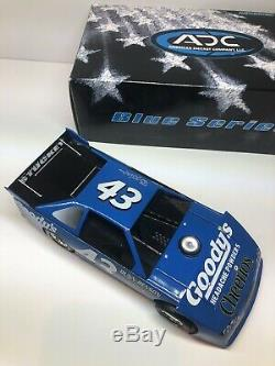 2007 ADC 124 SCALE DIRT LATE MODEL Bobby Labonte Goodys Cheerios 1 Of 1008 RARE
