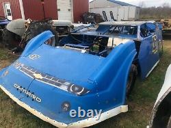 2009 TNT Dirt Late Model Race Car
