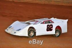Dirt late model 2003 warrior with 2005 updates new body