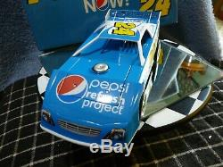 Jeff Gordon #24 ADC 2010 Prelude To The Dream Dirt Late Model 1/24