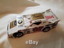 Red Farmer 2004 Signed #F97 Dirt Late Model 1/24 Modified diecast